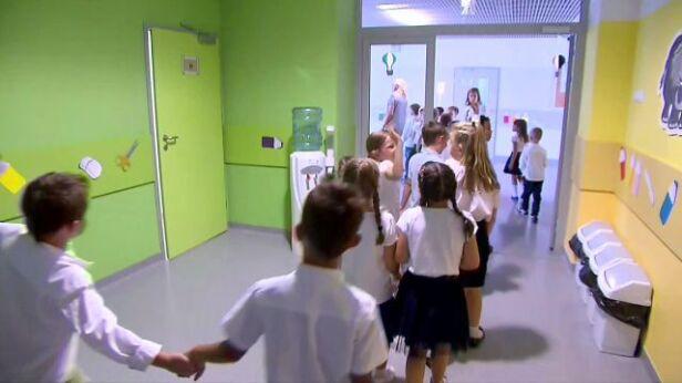 Sześciolatki nie będą musiały iść od września do szkoły TVN24