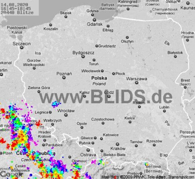 Ścieżka burz nad Polską (godz. 16.45-18.45) (blids.de)